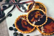 Chocolate and caramel tartlets