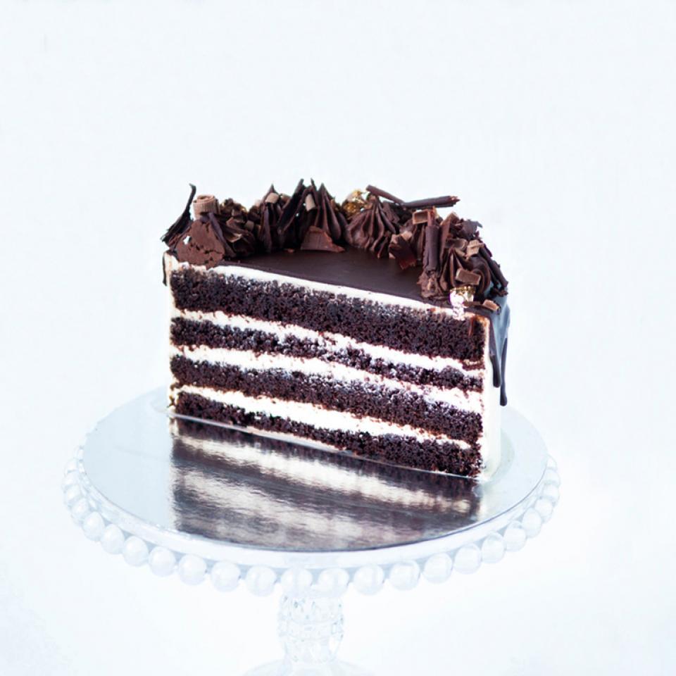 """8"""" Chocolate Guinness and Irish Baileys cream cake buy online £65.00 London"""