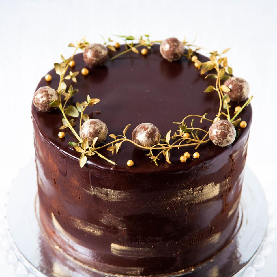 """8"""" chocolate truffle cake buy online £65.00 London delivery"""
