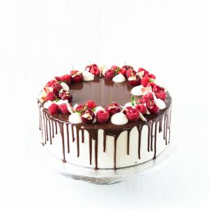 """6"""" Flourless chocolate raspberry cake buy online £45.00 London delivery"""