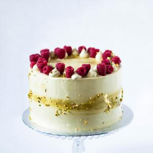 """Buy online 6"""" pistachio raspberry cake £50.00 delivered in London"""